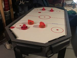 Air Hockey Table for Sale in PRNC FREDERCK, MD