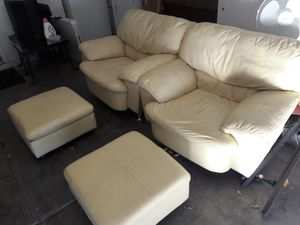 Two leather armchairs in good condition for Sale in Las Vegas, NV
