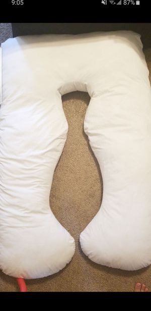 Body pillow for pregnancy for Sale in La Vergne, TN