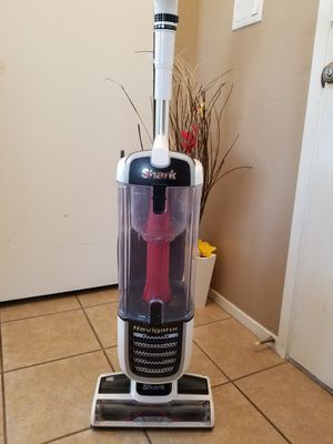 Shark Navigator Pet Plus Model (NV251 for Sale in Las Vegas, NV