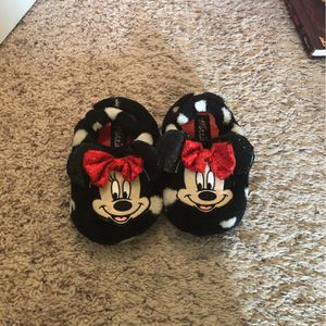 Size 9/10 Toddler Minnie Mouse House Shoes for Sale in Hercules, CA