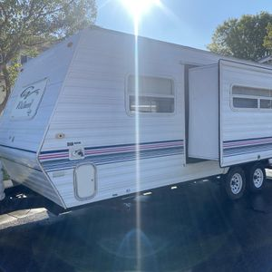 2000 Wildwood Lite By Forest River T23 In Great Shape Must See for Sale in Tracy, CA