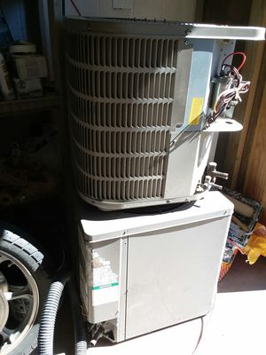 2 central air unit compresor $400 for Sale in Killeen, TX