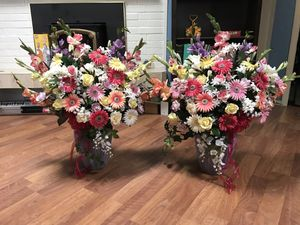 Silk floral arrangements for Sale in Snohomish, WA