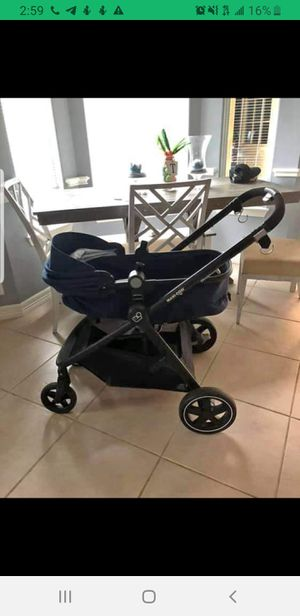 maxi cosi travel system for Sale in Sugar Land, TX