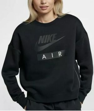 Women's Nike 2 Piece Suit Crewneck & Leggings for Sale in West Valley City, UT