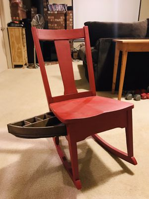 Antique sewing rocker for Sale in Puyallup, WA