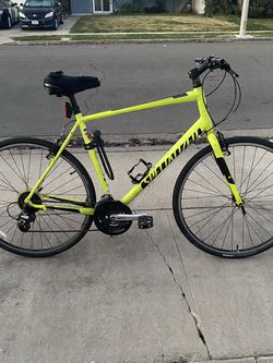 Specialized Sirrus Hybrid Bicycle for Sale in Costa Mesa,  CA