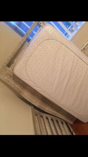 baby crib for Sale in Hyattsville, MD