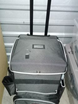 Rubbermaid Executive Housekeeping Cart for Sale in Austin,  TX