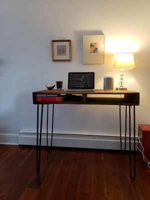 Reclaimed Wood Desk on Hairpin legs for Sale in Rocky Mount, VA