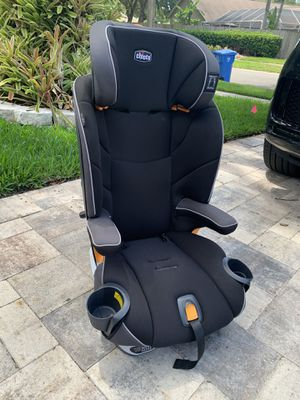 Chicco booster seat for Sale in Odessa, FL