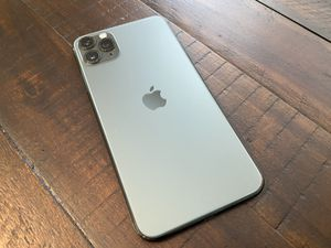 iPhone 11 Pro Max Green Unlocked for Sale in Corona, CA