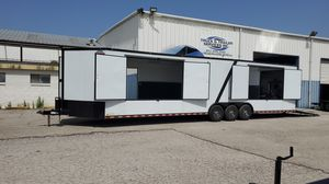 34 ft car hauler/merchandise trailer for Sale in Fort Worth, TX