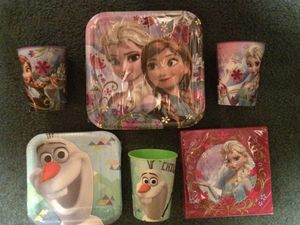 Lot of Frozen party supplies! for Sale in Salem, SD