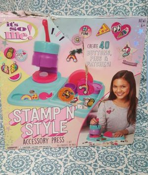 It's So Me Stamp n' Style Accessory Press Buttons Pins Patches Crafts Brand New DAMAGE BOX for Sale in Orlando, FL