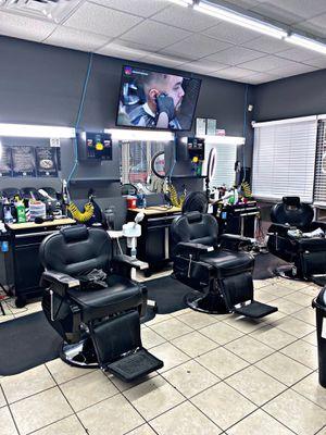 Barber for Sale in Houston, TX