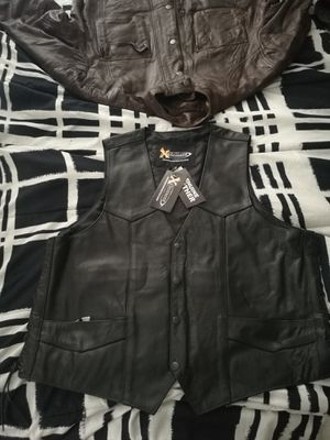 Stylish XL Motorcycle Leather Vest for Sale in TWN N CNTRY, FL