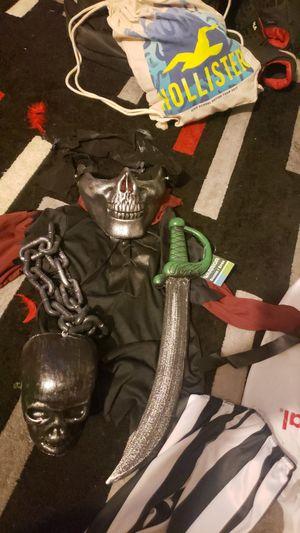 Pirate costume for Sale in Moreno Valley, CA