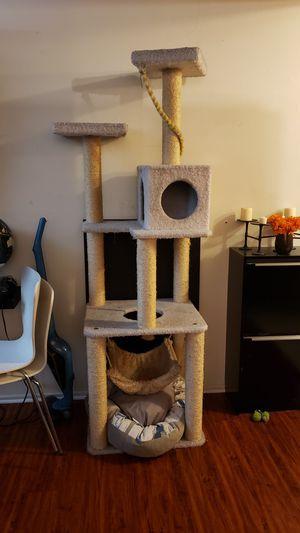 Cat tree for Sale in Vernon, CA