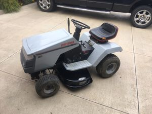 Craftsman riding lawn mower for Sale in Parma Heights, OH