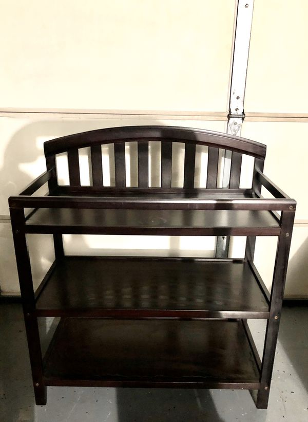 *Great Deal Baby Changing Table with 2 shelves - Dark brown - Huntington Beach