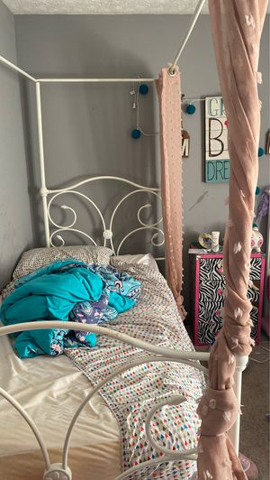 Two twin sized beds for Sale in Grove City, OH