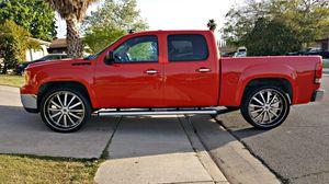 07 GMC SIERRA SLE 88K MILES. for Sale in Los Angeles, CA