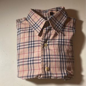 Burbery LongSleeve Size: Small for Sale in Miami, FL