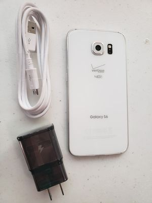 Samsung Galaxy S6 32 GB UNLOCKED WORKS VERY WELL PERFECT CONDITION for Sale in Salt Lake City, UT