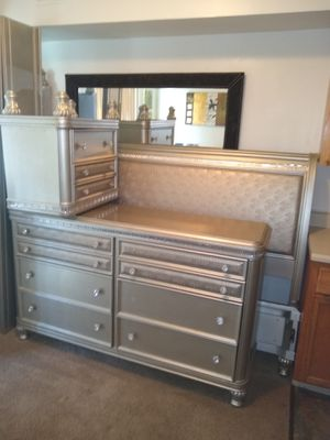 King size bedroom set!!! for Sale in Berwyn Heights, MD
