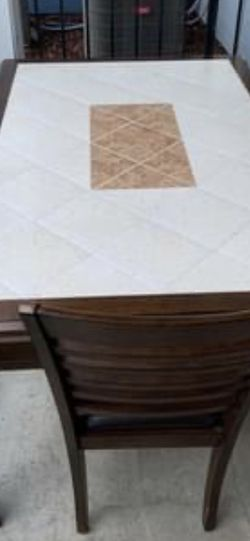 Dining table and chairs for Sale in Nashville,  TN