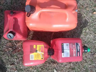 All 4 Gas Cans for Sale in Crystal River,  FL