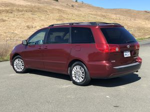 2008 Toyota Sienna XLE Fully Loaded Clean Title 7 Passenger- Trade for Sale in Vallejo, CA