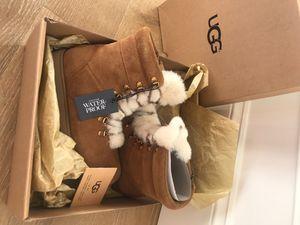 UGG Viki WP Youth Waterproof Suede Sheepskin Fur Shearling Boots for Sale in Federal Way, WA