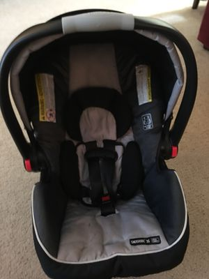 Graco infant car seat- Click Connect for Sale in Olympia, WA