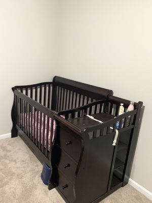 Crib for Sale in Milpitas, CA