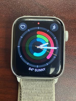 Apple Watch ⌚️ Series 4 44mmwith cellular for Sale in Henderson, NV