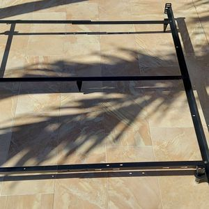 Bed Frame for Sale in Miami, FL