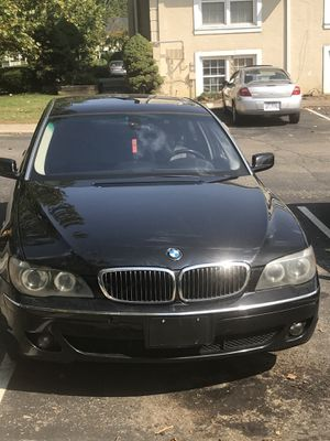BMW 750 li 124460 drive smooth clean call me for more detail for Sale in Columbus, OH