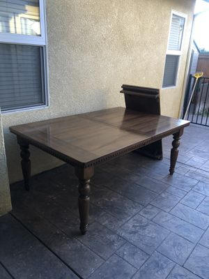 Dining table 450$ for Sale in Santa Maria, CA