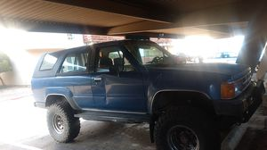 4 cylinder 86 Toyota 4runner for Sale in Carmichael, CA