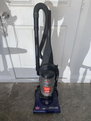 Vacuum cleaner for Sale in Lehigh Acres, FL
