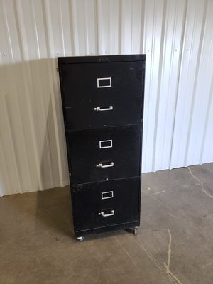 3 drawer filing cabinet for Sale in Hillsboro, OR