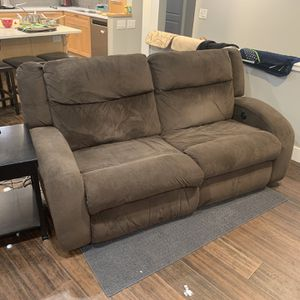 Love Seat Recliners Set Of 2 for Sale in Bellevue, WA