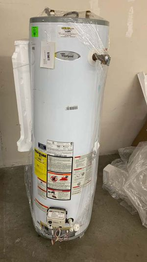 40 Gallon Whirlpool water heater with warranty RG for Sale in Dallas, TX