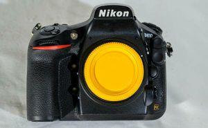 Nikon D810 FX-format Digital SLR Camera Body and grip for Sale in Spring, TX