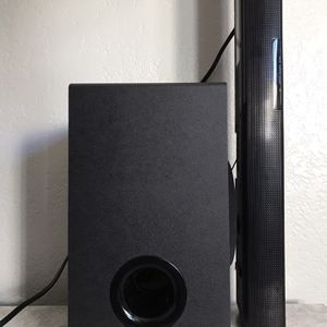 LG SOUND BAR AND SUBWOOFER for Sale in San Diego, CA