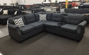 Grey sectional sofa with USB connection for Sale in Los Angeles, CA