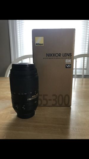 Nikon Nikkor A-FS DX 55-300mm Telephoto lense for Sale in Columbus, OH